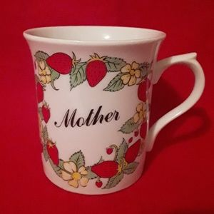 Vintage 80's Coffee Cup Mother Strawberries Flower